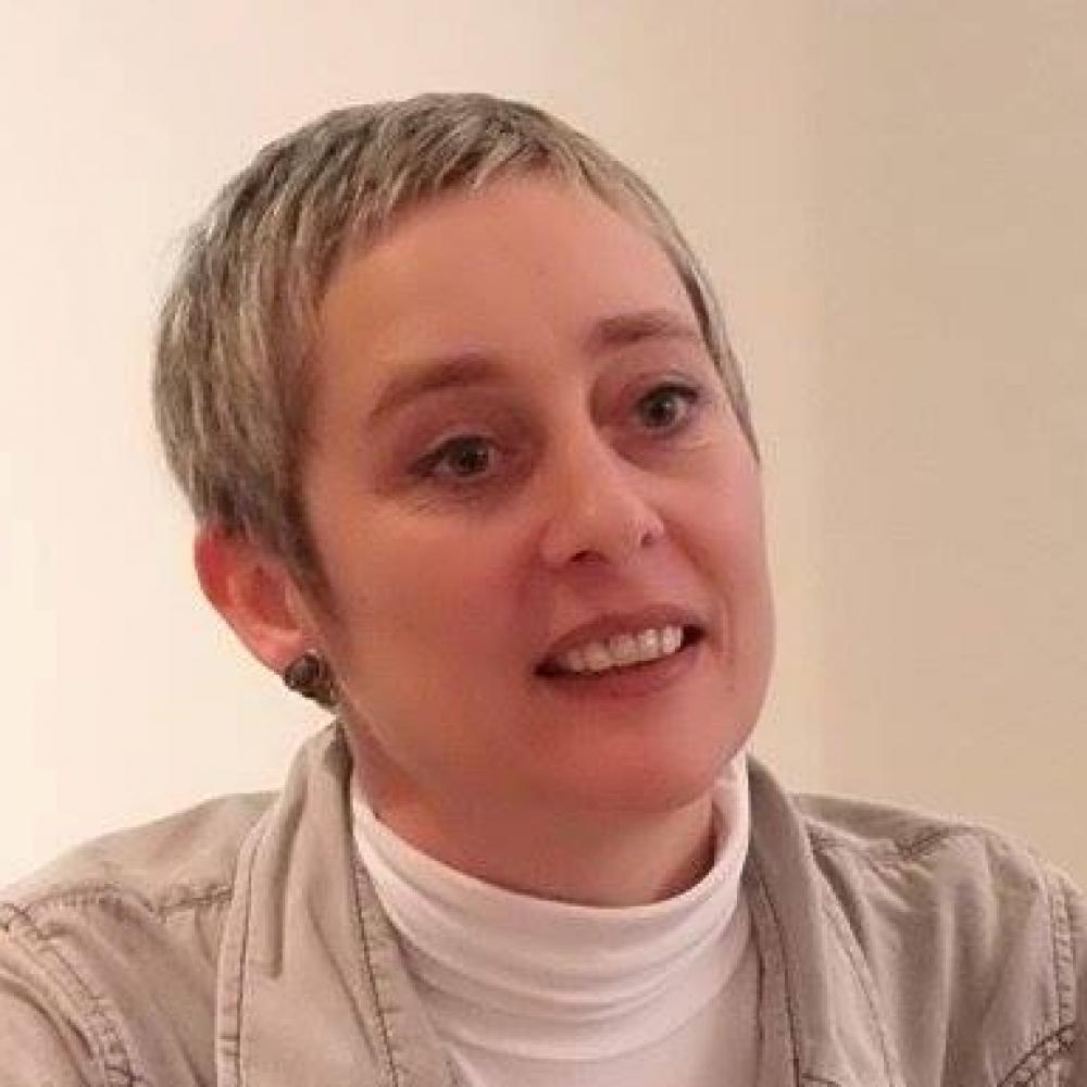 Iva Taralezhkova